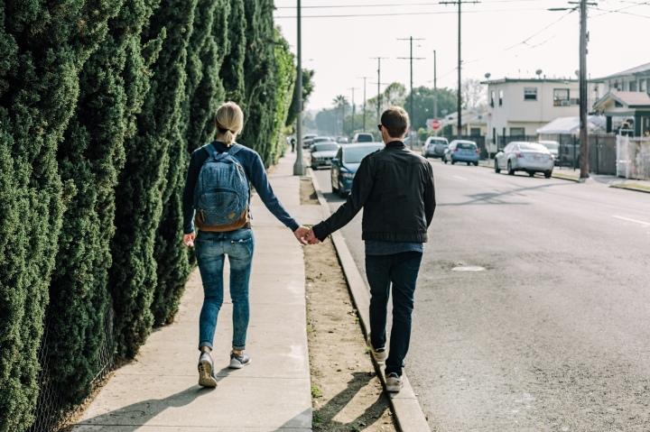 couple_city